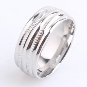 Глянцевое кольцо «Gedeon» из нержавеющей стали серебряного цвета с декоративными насечками купить. Цена 165 грн