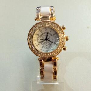 Стильные женские часы «Chanel» золотого цвета с белым браслетом фото. Купить
