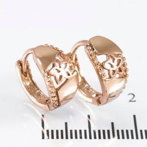 Симпатичные серьги «Регата» в форме позолоченных колец с изображением цветка купить. Цена 99 грн