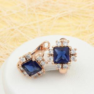 Миловидные серьги «Пандора» с квадратным синими фианитом и золотым напылением купить. Цена 185 грн