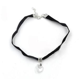 Чёрный чокер из бархата с хрустальным кулоном в виде сердца купить. Цена 69 грн или 220 руб.