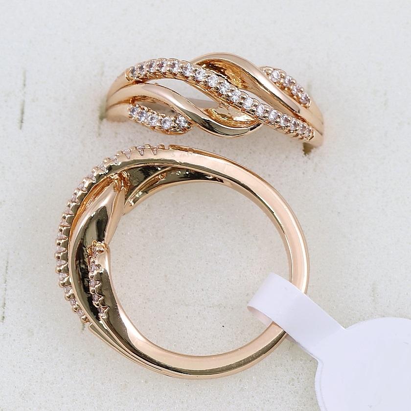 Оригинальное кольцо «Синди» с плавными линиями и мелкими фианитами купить. Цена 175 грн