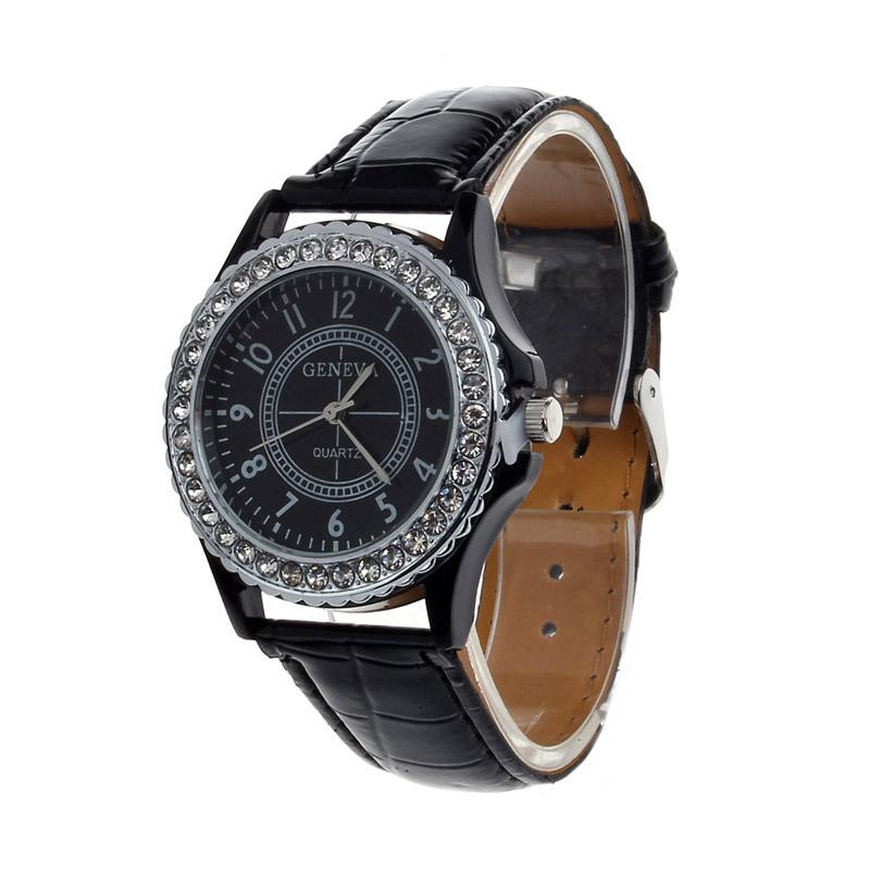 Чёрные женские часы «Geneva» со стразами на корпусе и лаковым ремешком купить. Цена 250 грн