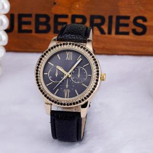 Женские часы «Geneva» с чёрными и белыми стразами и чёрным ремешком фото. Купить