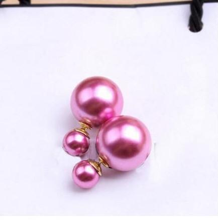 Глянцевые серьги «Mise en DIOR» нежного розового цвета купить. Цена 55 грн