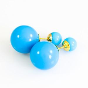 Миловидные серьги в стиле «Mise en DIOR» с шариками голубого цвета купить. Цена 55 грн
