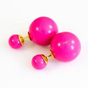Простые серьги из серии «Mise en DIOR» приятного розового цвета фото. Купить
