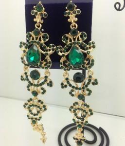 Огромные висячие серьги «Венецианские» с зелёными камнями и стразами купить. Цена 299 грн