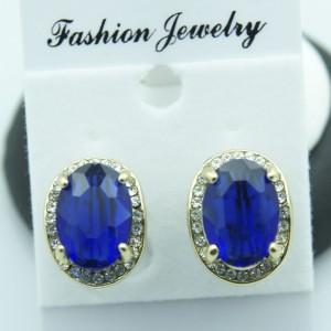 Приятные серьги «Танзанит» с большим камнем синего цвета в оправе из бесцветных страз купить. Цена 135 грн