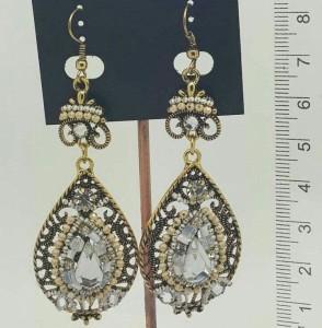 Турецкие серьги «Кария» с крупными камнями, стразами и бусинами в металле под бронзу купить. Цена 110 грн