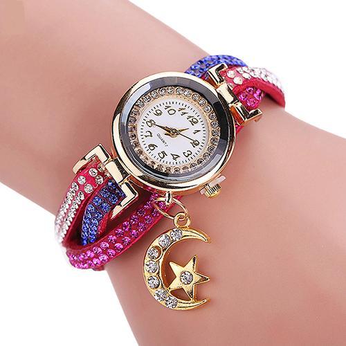 Яркие женские часы «Quartz» с малиновым ремешком с цветными стразами и кулоном купить. Цена 235 грн