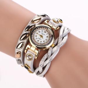 Изумительные часы «Quartz» с красивым длинным белым ремешком фото. Купить