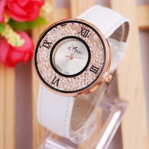Очаровательные женские часы «Amni» с сыпучими стразами и белым лаковым ремешком купить. Цена 250 грн