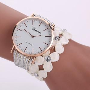 Крупные круглые часы «Geneva» с длинным белым ремешком из страз и цветов купить. Цена 230 грн
