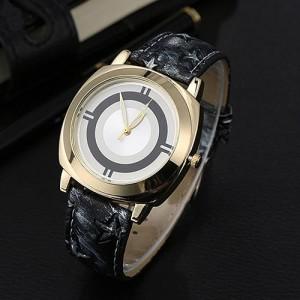 Модерновые часы «Loven's» с циферблатом без цифр и красивым чёрным ремешком купить. Цена 165 грн