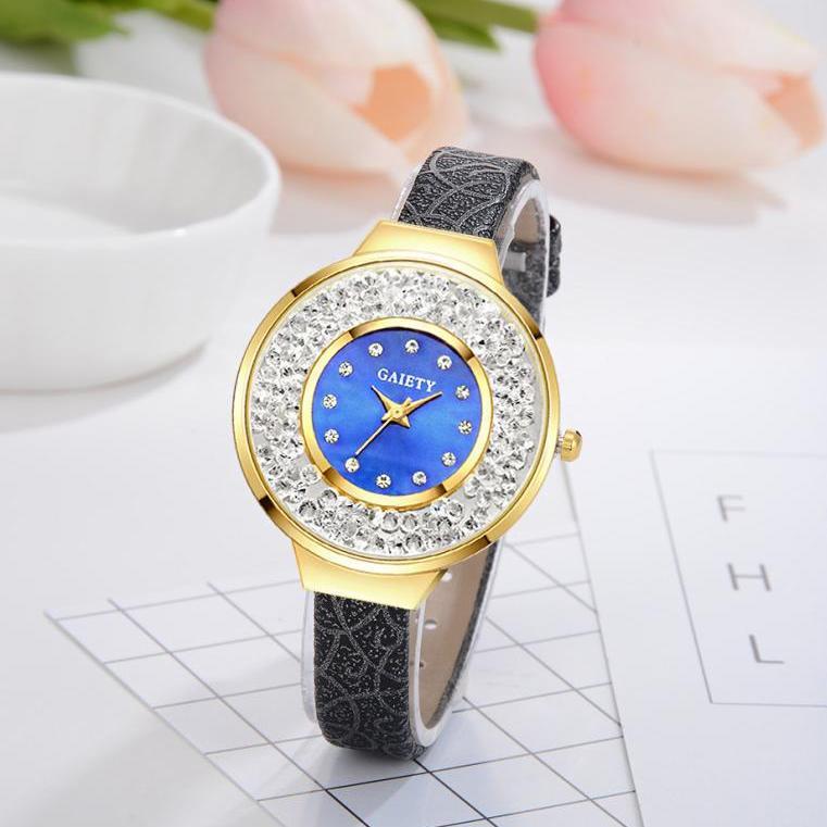 Роскошные женские часы «Gaiety» с сыпучими кристаллами в корпусе и красивым ремешком купить. Цена 325 грн