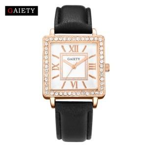 Классические часы «Gaiety» квадратной формы с римскими цифрами фото. Купить
