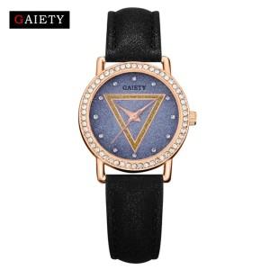 Маленькие наручные часы «Gaiety» с очень красивым циферблатом и стразами вместо цифр купить. Цена 240 грн