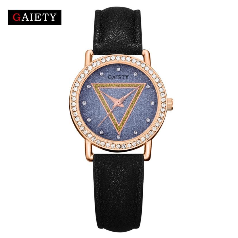 Маленькие наручные часы «Gaiety» с очень красивым циферблатом и стразами вместо цифр купить. Цена 285 грн
